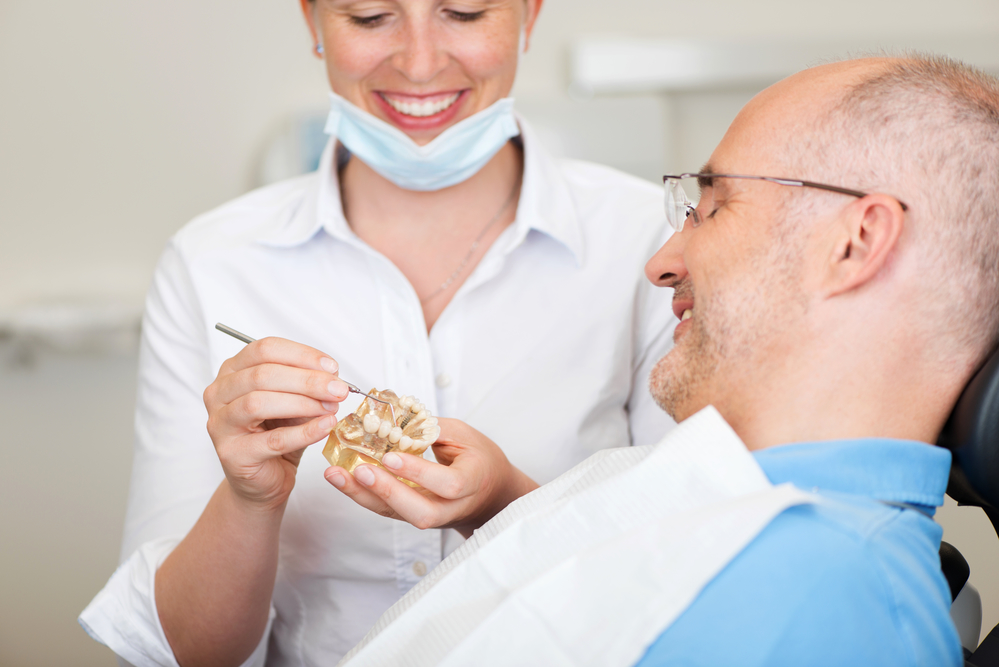 what does a prosthodontist in fort lauderdale do